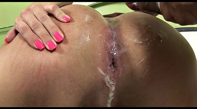 Shemale creampie, Doggystyle