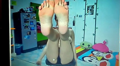 Foot masturbation, Shemale foot