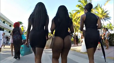 Big booty ebony, Walking, Big booty walking