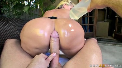 Alena croft, First anal