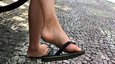 Feet asian, Candid