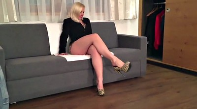 Blonde mature, Cute mom