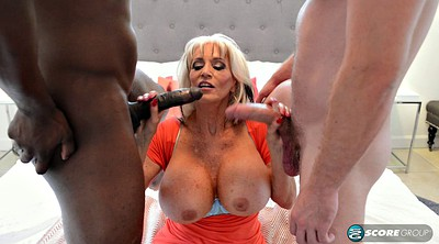 Monster milf, Blonde two black