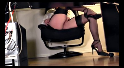 Secretary, Skirt, Under the desk, Sexy secretary, Pussy flash