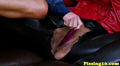 Lesbian piss, Squirting threesome, Squirting dildo, Piss pee