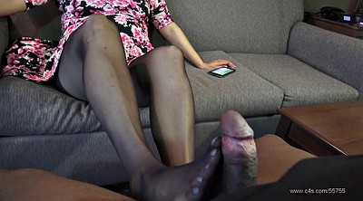 Pantyhose footjob, Pantyhose foot