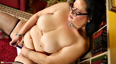 Feed, Mature pussy, Bbw pussy