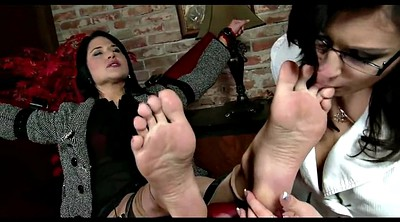 Nylon, Tied, Nylon feet