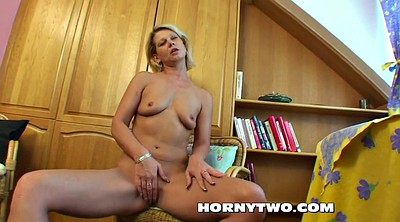Dildo, Young tits