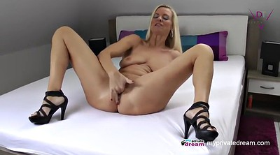 Mom, Toys, Mom solo, Solo squirt, Milf squirt, Mom masturbation