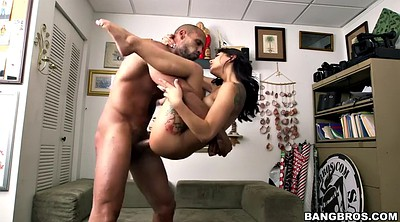 Tattoo, Shitting, Gina valentina, Muscular