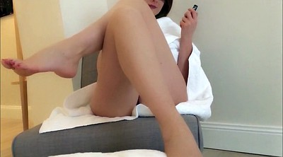 Red, Foot tease