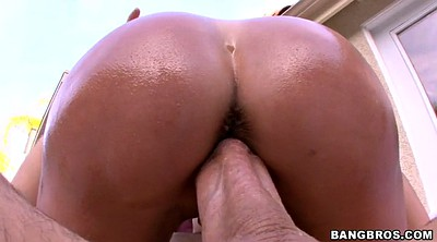 Brandi love, Outdoor
