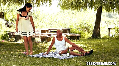 Young old, Picnic, Grandpas