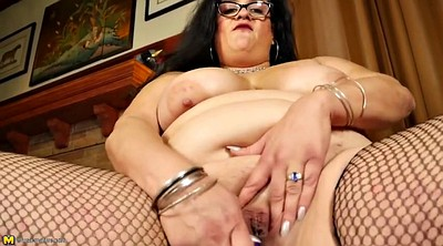 Mommy, Mature pussy, Mature granny, Fat granny, Feed, Bbw mommy