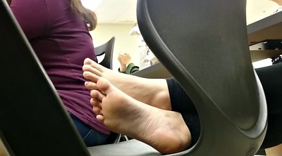 Foot fetish, Candid