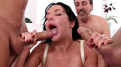Veronica avluv, Triple