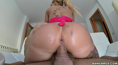 Blonde, Giant cock