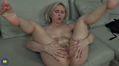 Saggy, Mature mom, Saggy mom, Old granny, Mature saggy tits, Mature fingering
