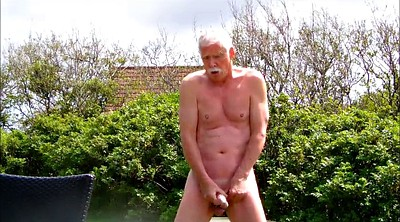Daddy, Outdoor