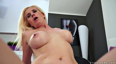 Hot mom, Mom fuck