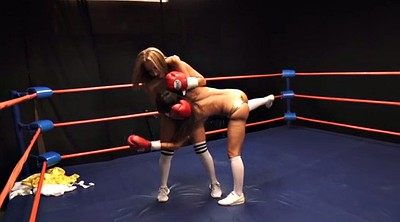 Richelle, Boxing, Topless, Box