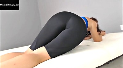 Yoga, Farting, Yoga pants