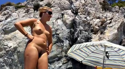 Nudist, Tits