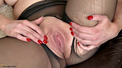Solo pantyhose, Ripping, Insertion, Age
