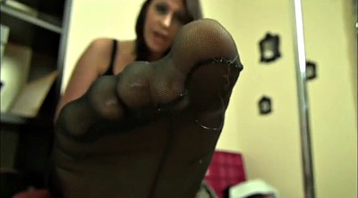 Nylons, Nylon worship, Foot worship