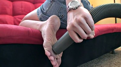 Julia, Mature feet