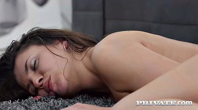 Veronica, Pussy licked