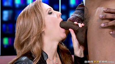 Julia ann, Blowjob
