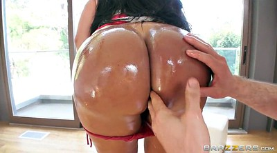 Kiara mia, Oil, Latina big ass, Kiara, Panty ass, Ass worship