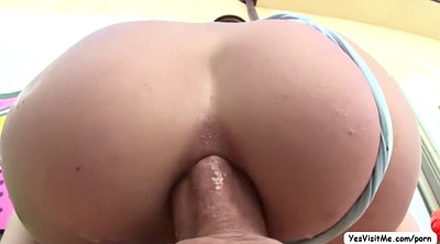 Huge ass, Bend over