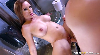 Toilet, Diamond foxxx