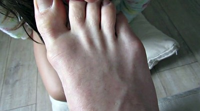 Lick feet, Licking feet, Feet licking, Feet girl, Footing, Amateur feet