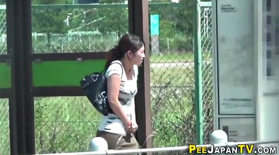 Japanese public, Japanese teens, Peeing outdoor, Pee outdoor, Japanese watch