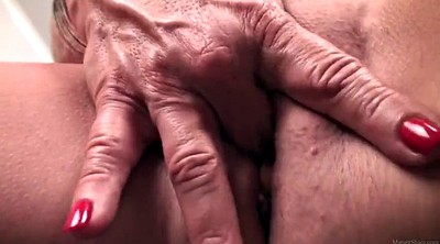 Mom masturbating, Fisting mature