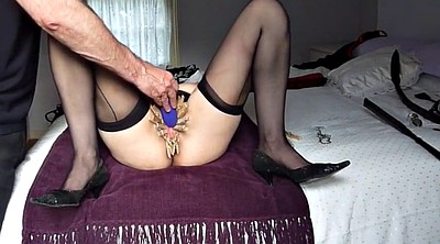 Pegged, Vibrating