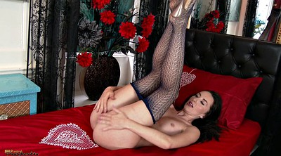 Stockings, Fishnet stocking