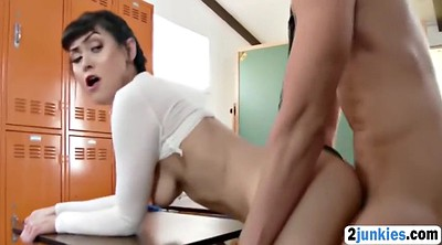 The teacher, Nice butt, Classroom