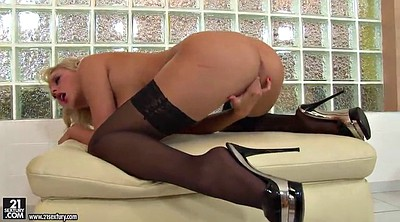 High heels, Dee, Heel insertion, Stockings high heels, Stockings masturbation, Stockings heels