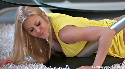 Alexis fawx, Stuck, Alexi fawx, Under table, Blond milf