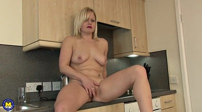 Kitchen, Masturbating mom