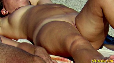 Pussi close up, Nude beach