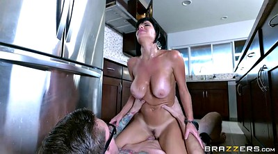 Veronica avluv, Avluv, Kitchen, High-heeled
