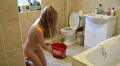 Nude, Young solo, Cleaning