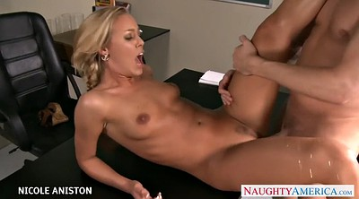 Nicole aniston, Aniston, Younger