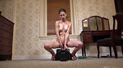 Sybian, Solo orgasm, Loudly
